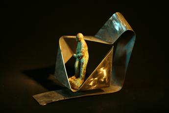 inox et bronze, 15x15x39cm
