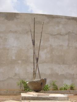 0-growth--600cm-basalte--gres-rouge--laiton-et-fil-de-cuivre