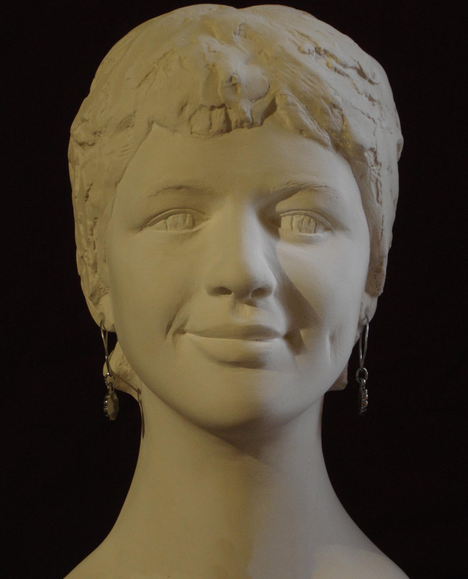 Jeune fille 1, plâtre d'après argile