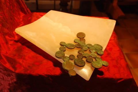 Lotus waterbody, Onyx du Pakistan & bronze