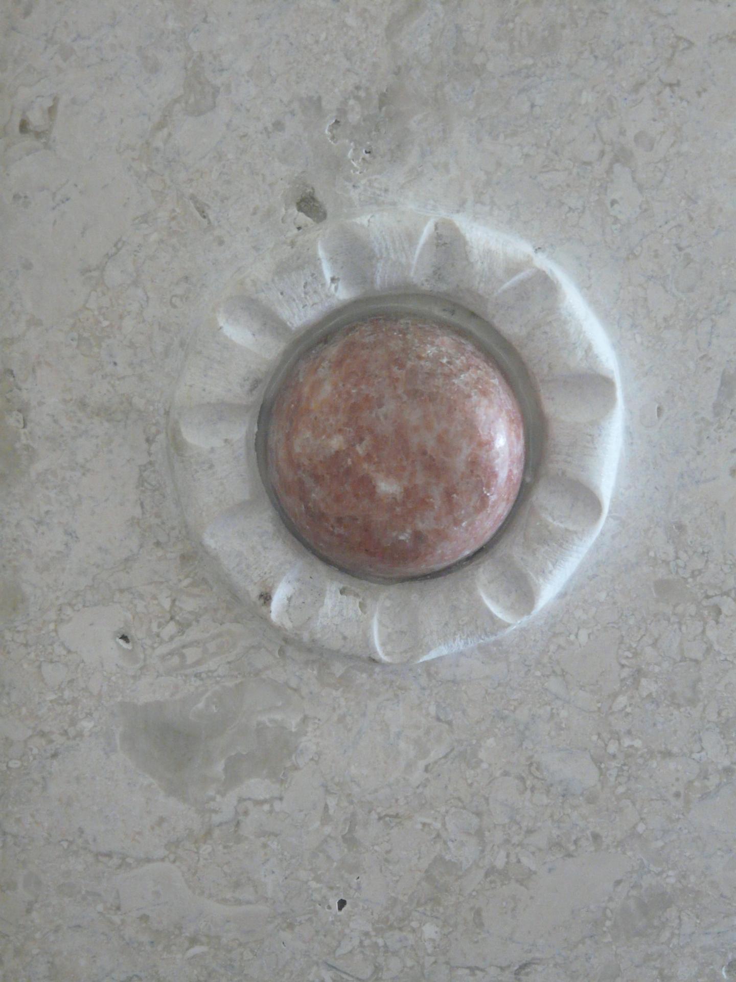 Pink Quartz- side detail