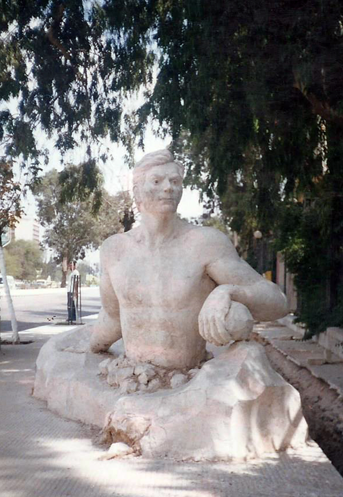 Palestine, plâtre monumental