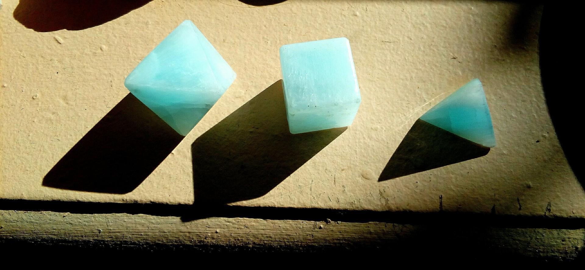 Solides Aragonite bleue